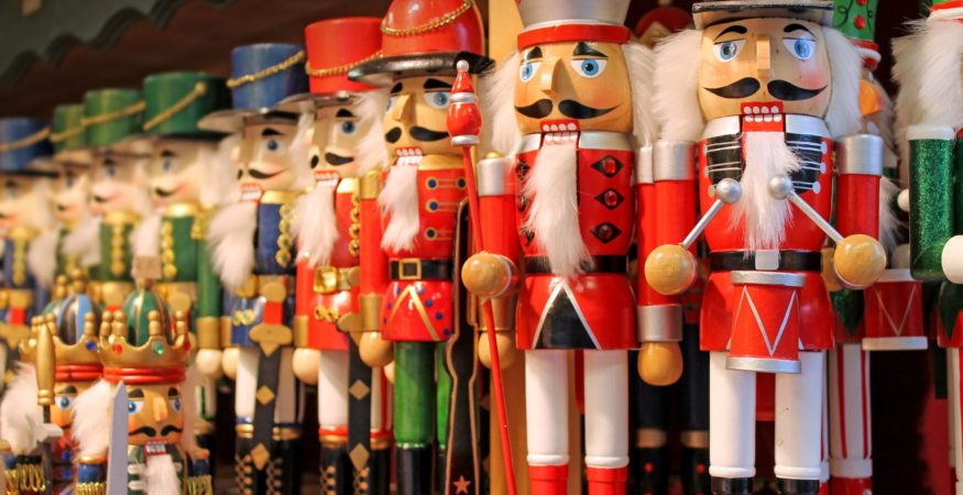 Colorful-nutcrackers-at-a-traditional-Christmas-market-in-Salzburg,-AustriaLowRes