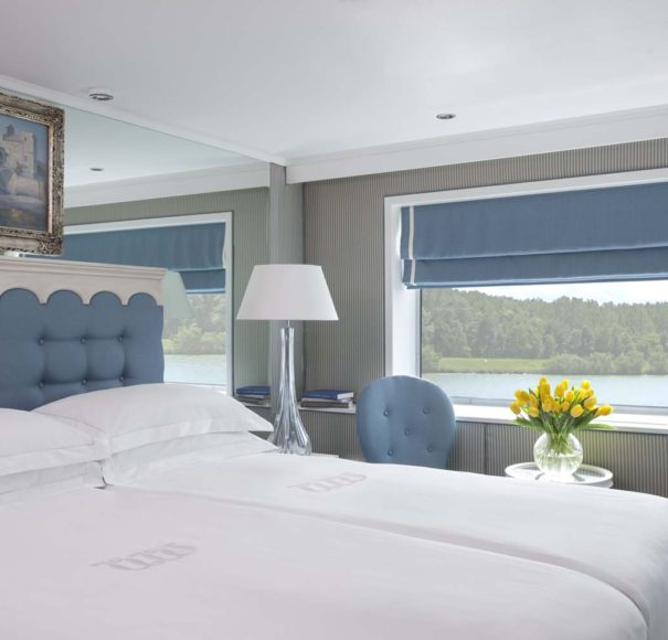 Uniworld - River Empress - Deluxe Stateroom